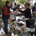Materialeinkauf auf dem Flohmarkt in Neustadt bei Coburg